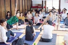第8回八王子ヨガ祭り2018「繋がりを感じるノンストレスヨガ」Naoto