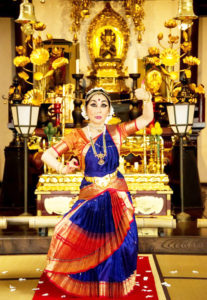 南インド古典舞踊小田切淳子