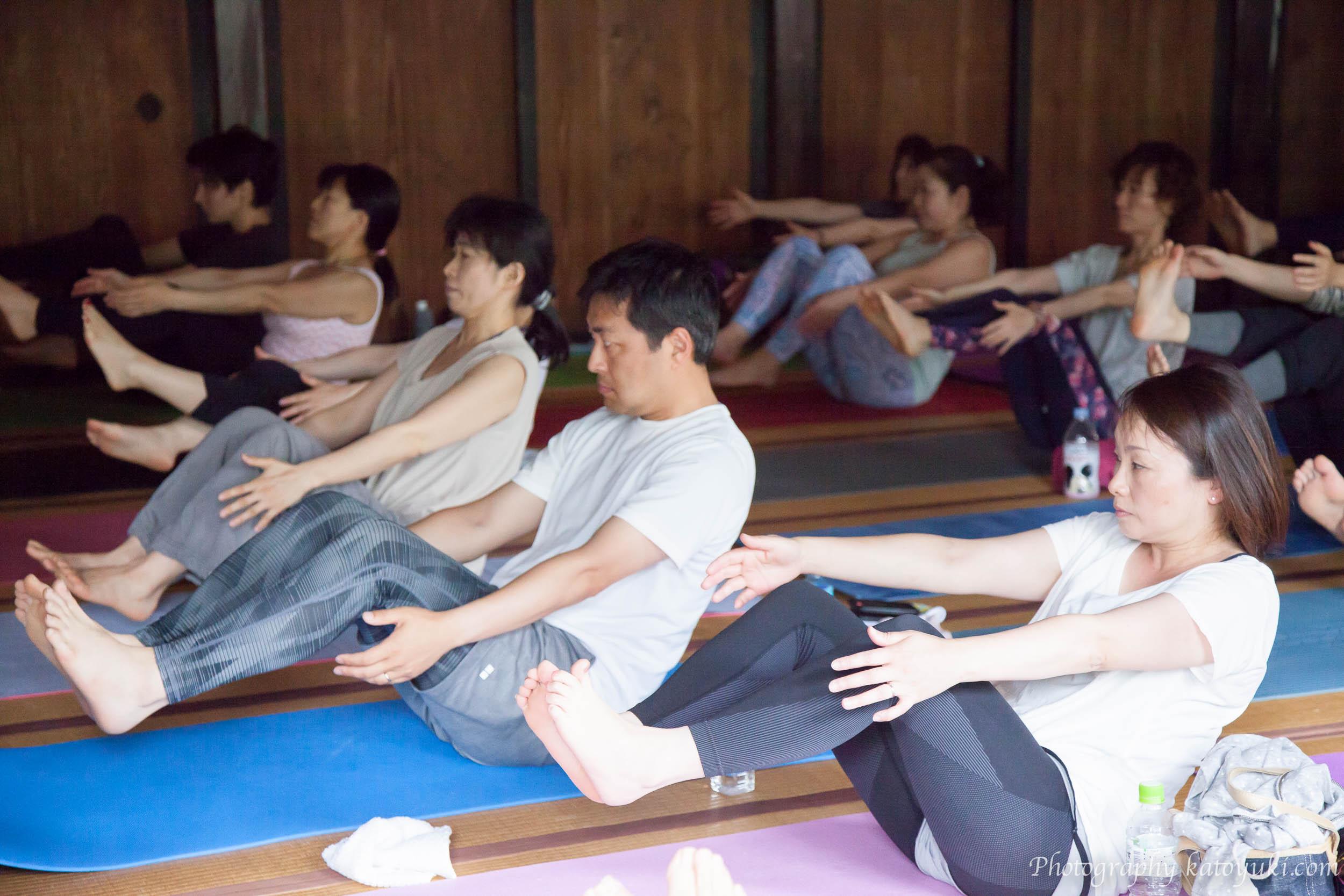 八王子ヨガ祭り「繋がりを感じるノンストレスヨガ」Naoto